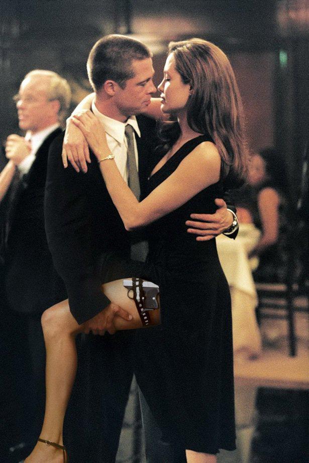 Âm mưu giật chồng cao tay của Angelina Jolie: Cởi nội y khi quay phim cùng Brad Pitt - Ảnh 4.