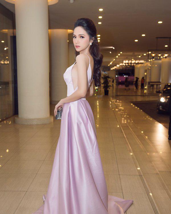 """Hương Giang chứng minh đẳng cấp nữ hoàng LGBT với loạt đồ """"tím lịm tìm sim"""" - Ảnh 10."""