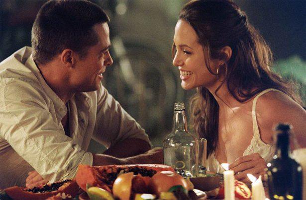 Âm mưu giật chồng cao tay của Angelina Jolie: Cởi nội y khi quay phim cùng Brad Pitt - Ảnh 5.