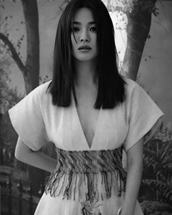 Song Hye Kyo lần đầu lên tiếng nói về cuộc sống của bản thân sau vụ ly hôn 2.000 tỷ - Ảnh 8.