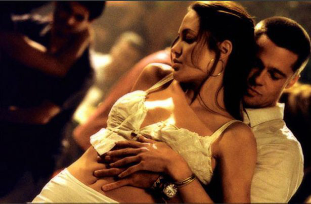 Âm mưu giật chồng cao tay của Angelina Jolie: Cởi nội y khi quay phim cùng Brad Pitt - Ảnh 3.