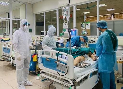 Bệnh nhân nặng nhất nhiễm COVD-19: Đã cai ECMO, 3 lần âm tính với COVID-19 - Ảnh 1.