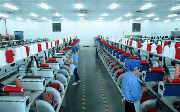 Ngược đãi người lao động có thể bị phạt tiền đến 75 triệu đồng - Ảnh 1.