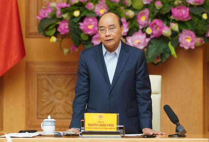 Thủ tướng chỉ thị cấp bách tháo gỡ khó khăn sản xuất kinh doanh, bảo đảm an sinh xã hội ứng phó dịch Covid-19 - Ảnh 1.