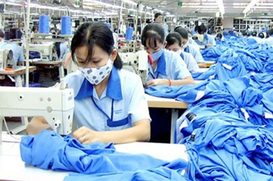 Quy định mới xử phạt những hành vi vi phạm về lao động nữ - Ảnh 1.