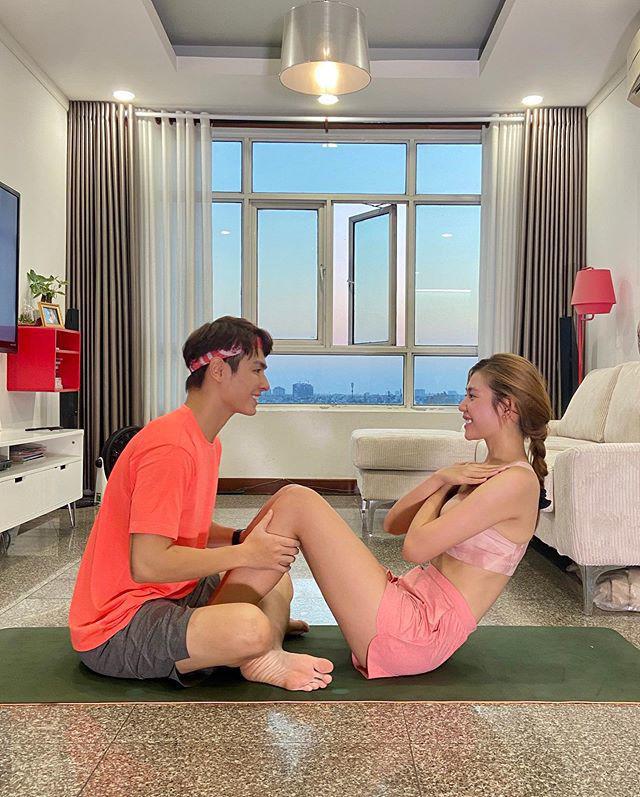 Ở nhà mùa dịch: Ông xã Khánh Thi tập thể dục cùng vợ, chồng Lan Khuê hít đất độc chiêu - Ảnh 10.