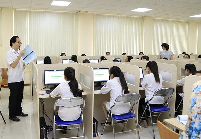 Trường đại học điều chỉnh phương án tuyển sinh sau quyết định đổi tên kỳ thi THPT - Ảnh 1.