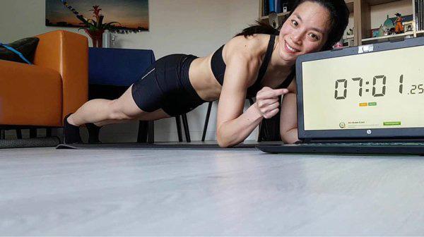 Plank challenge: Đánh tan mỡ bụng cùng Minh Tú, Châu Bùi và Yến Xuân! - Ảnh 11.