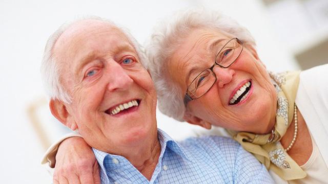 Hướng dẫn cách chăm sóc và phục hồi viêm phế quản ở người cao tuổi - Ảnh 3.