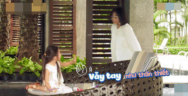 Con gái lai của Đoan Trang và chồng Tây 1m9: Thông minh đối đáp khi người lạ hỏi xin đồ - Ảnh 5.