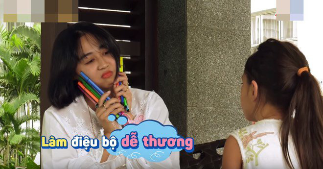 Con gái lai của Đoan Trang và chồng Tây 1m9: Thông minh đối đáp khi người lạ hỏi xin đồ - Ảnh 8.
