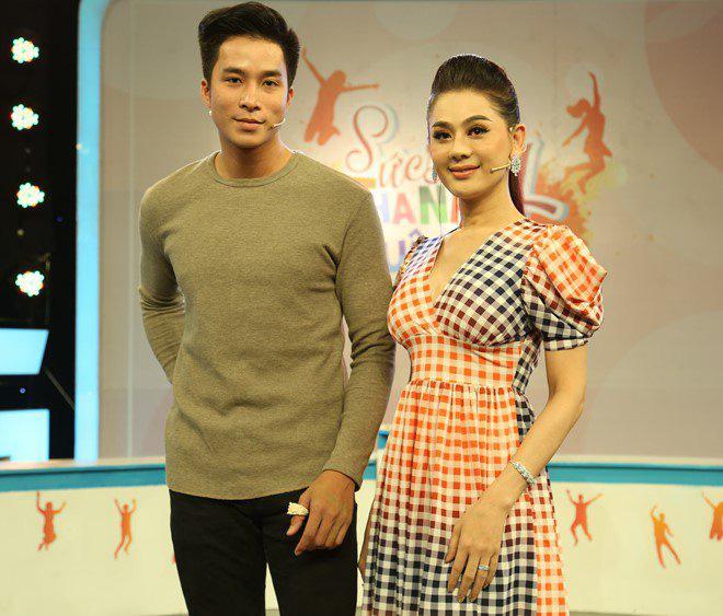 """Vắng mặt chồng, Lâm Khánh Chi vô tư thả thính trai trẻ, còn tự nhận: """"Chị đẹp mà"""" - Ảnh 1."""