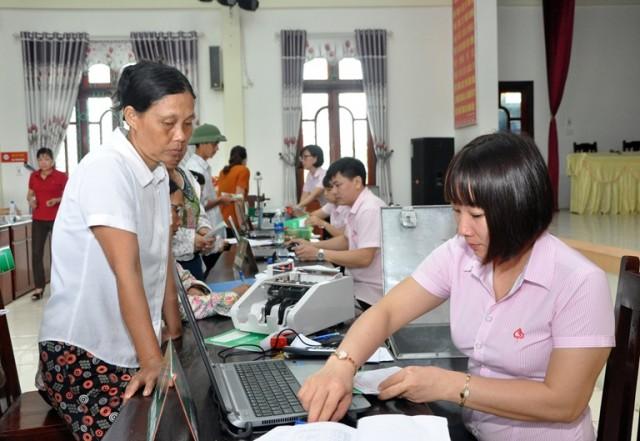 von-vay-ngan-hang-chinh-sach.jpg