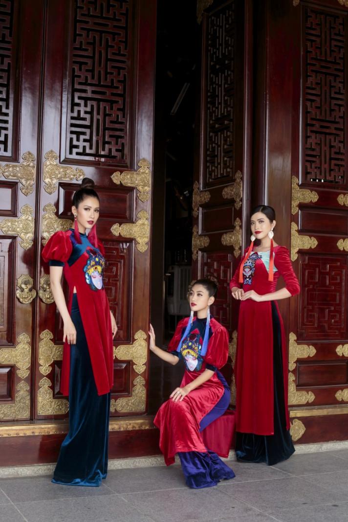 Các người đẹp đã thể hiện được ý tưởng của NTK, khi thả hồn theo dòng lịch sử cho ra những kỹ vật và hình ảnh quốc hồn, quốc túy của người Việt Nam
