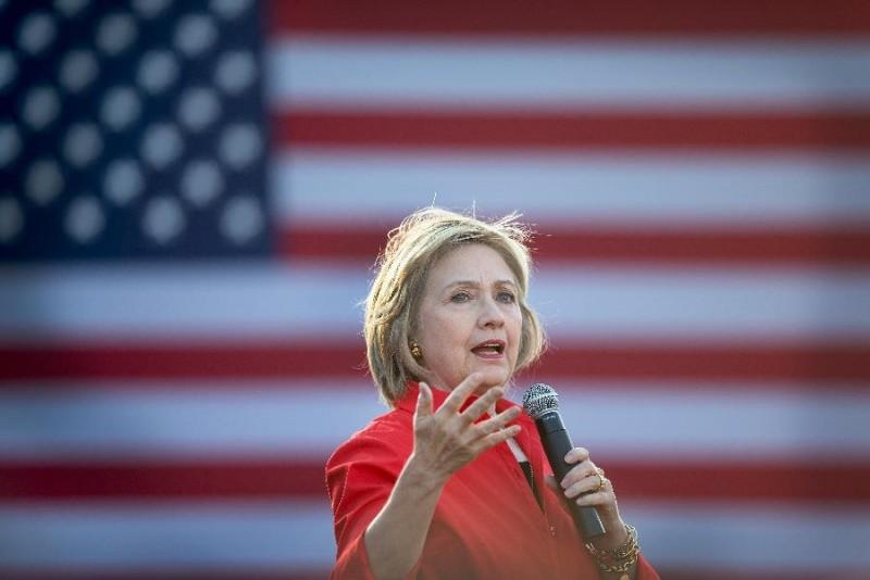 Thật thiếu sót nếu trong danh sách này không có ứng cử viên cho chức Tổng thống Mỹ, bà Hillary Clinton. Mặc dù chỉ đứng ở vị trí khiêm tốn thứ 58, chắc chắc trong năm tới vị trí của bà sẽ có những thay đổi tích cực hơn.