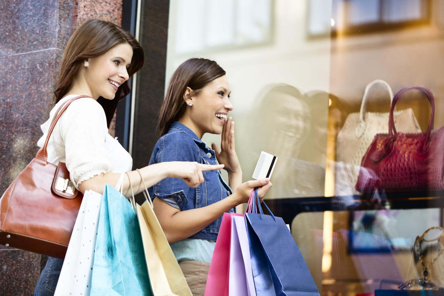 women-and-shopping-addiction.jpg