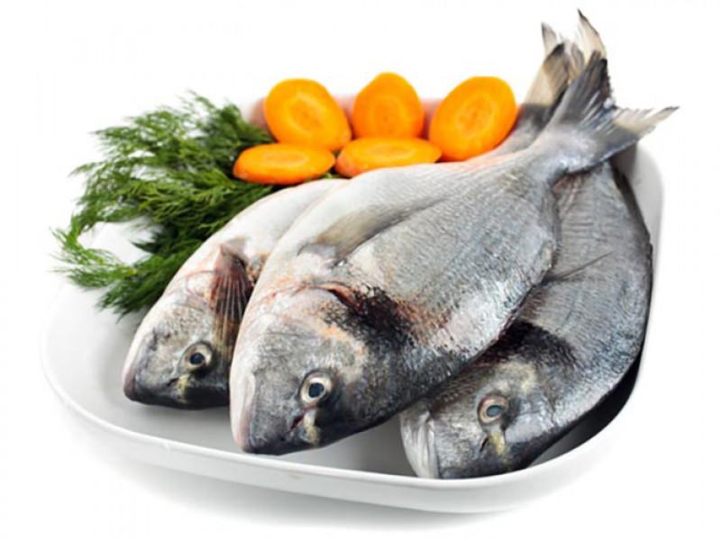 Cá không chỉ là một nguồn vitamin D và axit béo omega-3 tuyệt vời mà còn chứa hàm lượng magiê cao. Hãy ăn cá ít nhất một lần mỗi tuần.