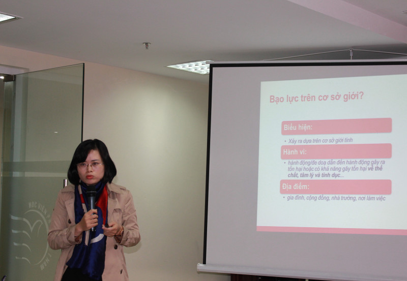 Bà Nguyễn Thị Nga, chuyên viên Vụ Bình đẳng giới, LĐ, TB&XH cho biết tại Việt Nam, theo nghiên cứu quốc gia của Tổng cục thống kê và LHQ năm 2010, 58% phụ nữ từng kết hôn đã trải qua ít nhất một hình thức bạo lực trong đời. Hơn 50% phụ nữ bị bạo lực không nói với bất cứ ai và 87% phụ nữ bị bạo hành thể xác hoặc tình dục không tìm kiếm sự hỗ trợ từ các dịch vụ công. Bên cạnh đó, năm 2016, đã có hơn 1.600 vụ xâm hại trẻ em, trong đó trẻ em gái chiếm 84% số nạn nhân. Cũng trong năm 2016, đã có 600 nạn nhân bị buôn bán, chủ yếu là phụ nữ và trẻ em gái...