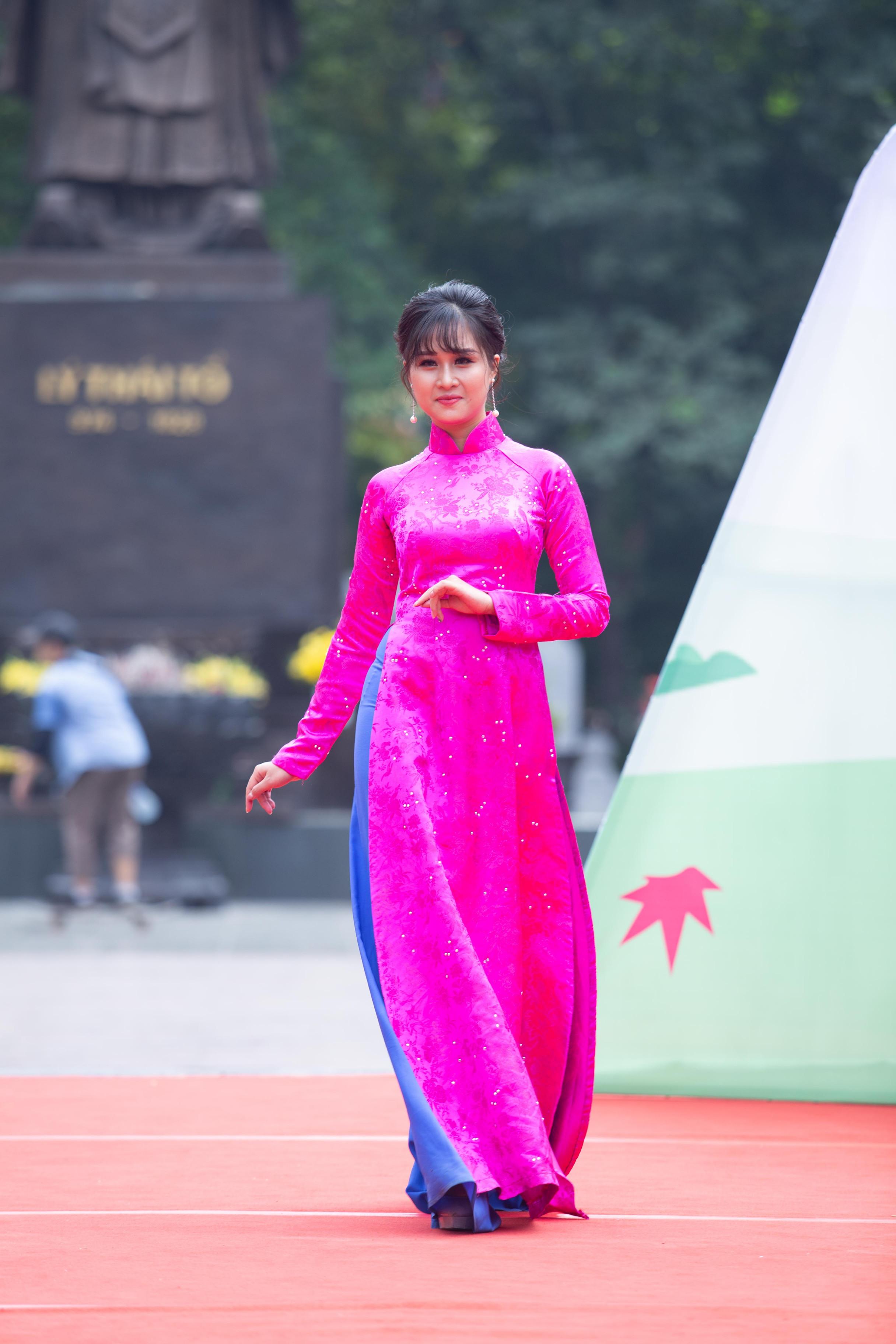 Á khôi Tài sắc Việt Nam 2017 Nguyễn Ngọc Hà