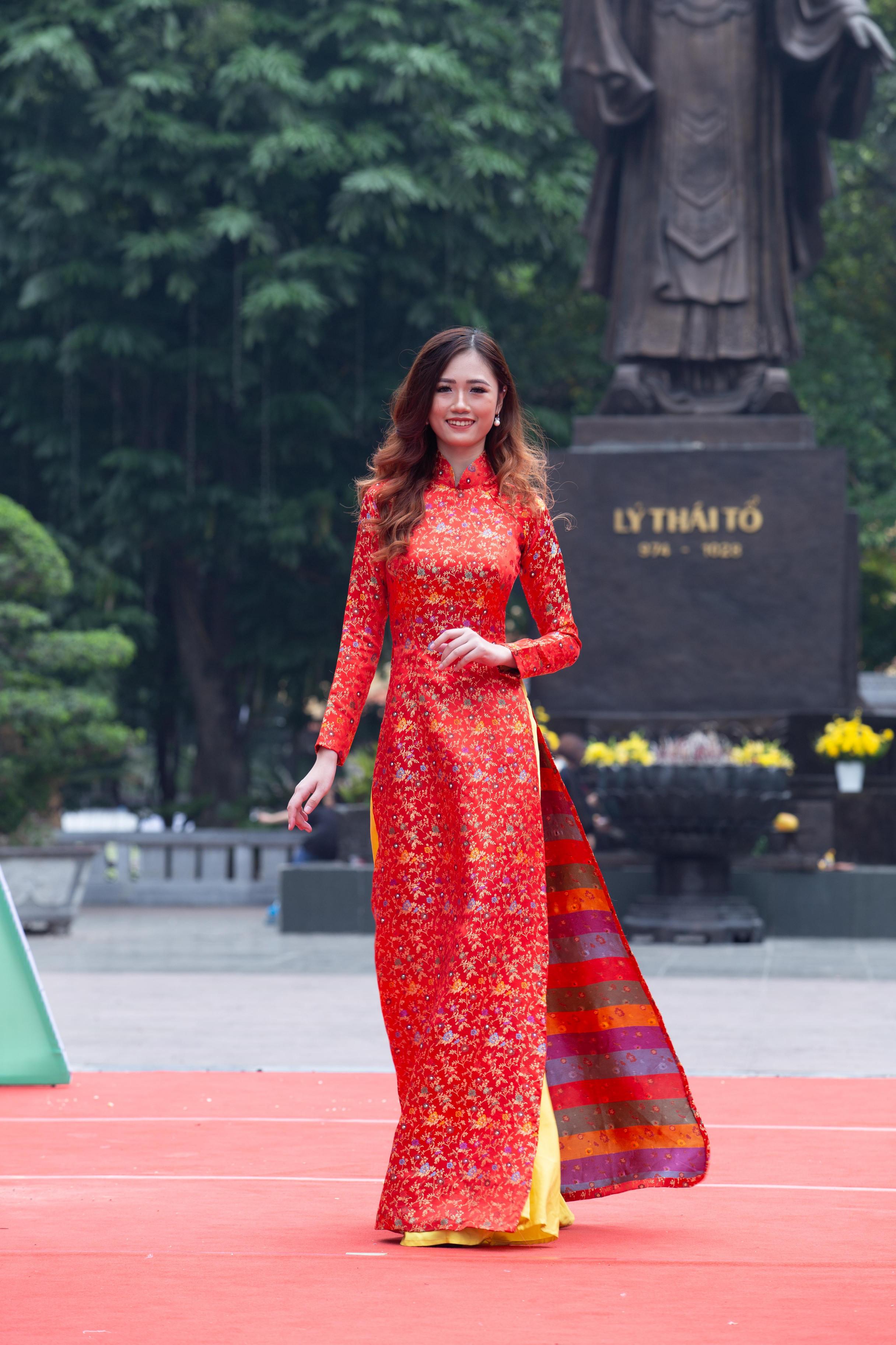 Người đẹp khả ái cuộc thi Hoa khôi Thanh lịch Việt Nam 2017 Nguyễn Lan Nhi