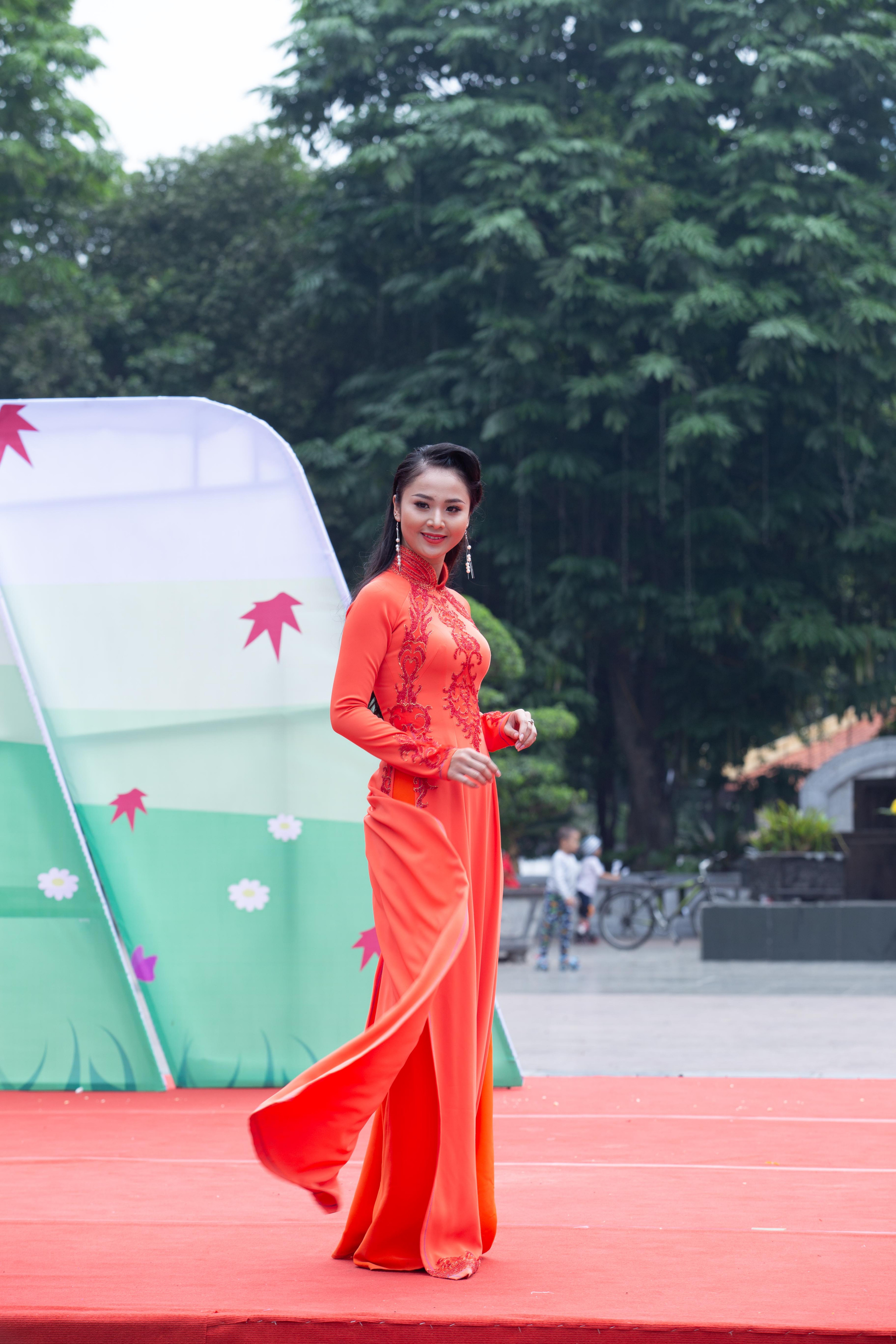 Hoa khôi Tài sắc Việt Nam 2017 Hồ Phương Linh