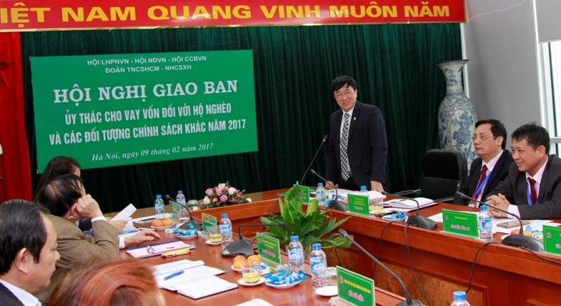 Ông Dương Quyết Thắng, Tổng Giám đốc NHCSXHVN, khẳng định: Hoạt động ủy thác cho vay vốn đối với hộ nghèo và các đối tượng chính sách thông qua Hội LHPNVN đạt được nhiều kết quả đáng mừng.