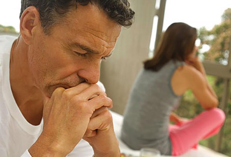 Lo lắng về khả năng đàn ông của mình hay lo lắng từ công việc, từ cuộc sống cũng có thể khiến bạn sợ hãi và tránh