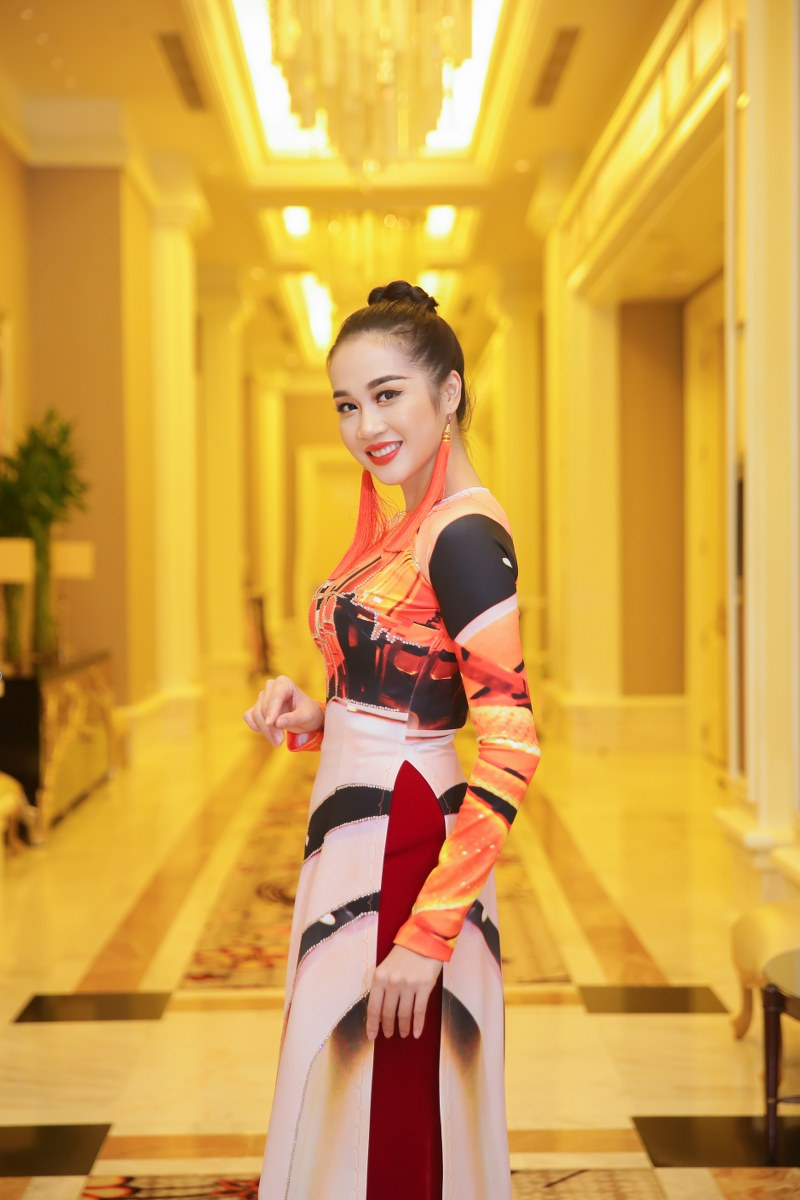 BST gồm 19 mẫu nhằm quảng bá du lịch Việt Nam