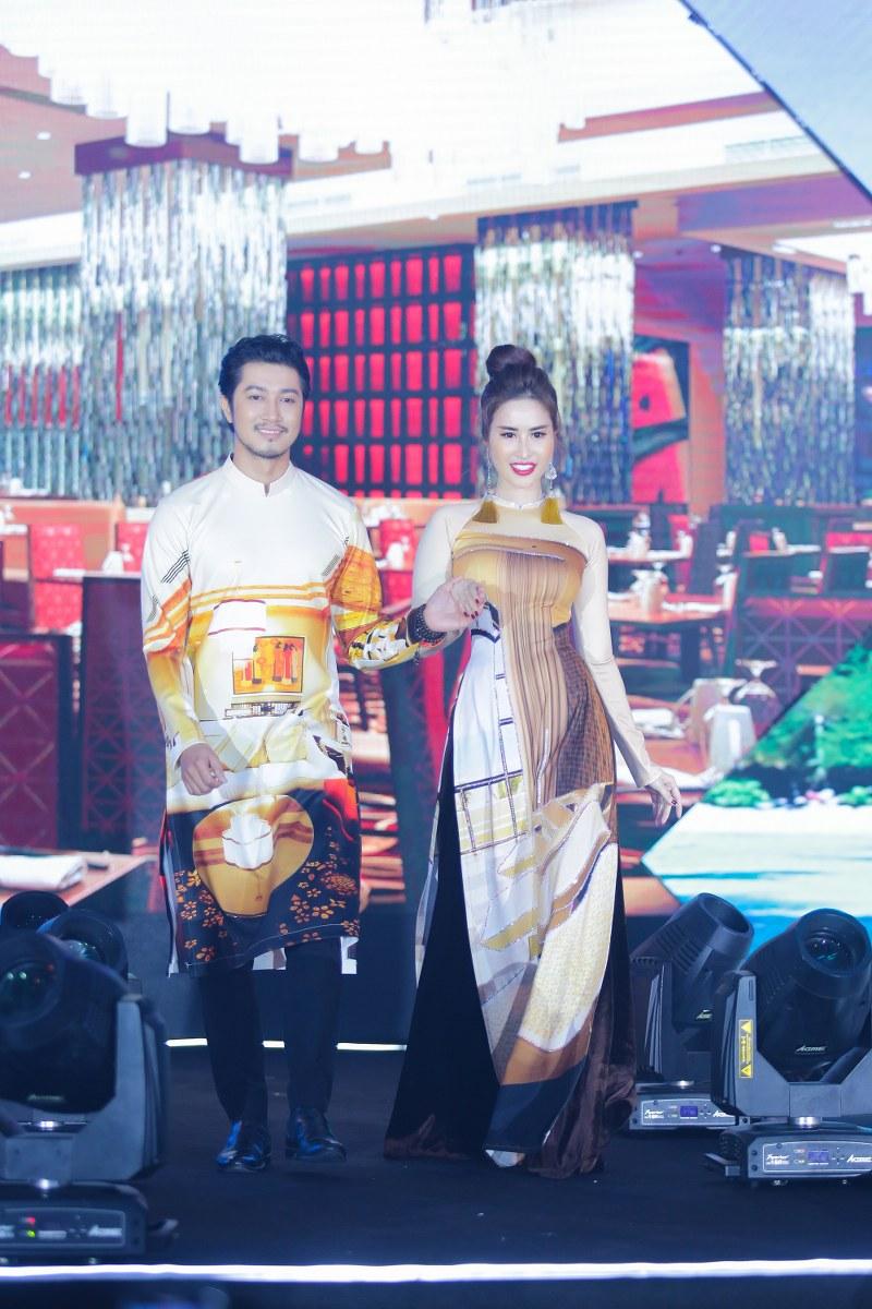 Là một NTK với bao ấp ủ đưa danh lam thắng cảnh của Việt Nam lên tà áo dài, Nhật Dũng đã thành công với hàng chục BST áo dài mang họa tiết của các vùng miền