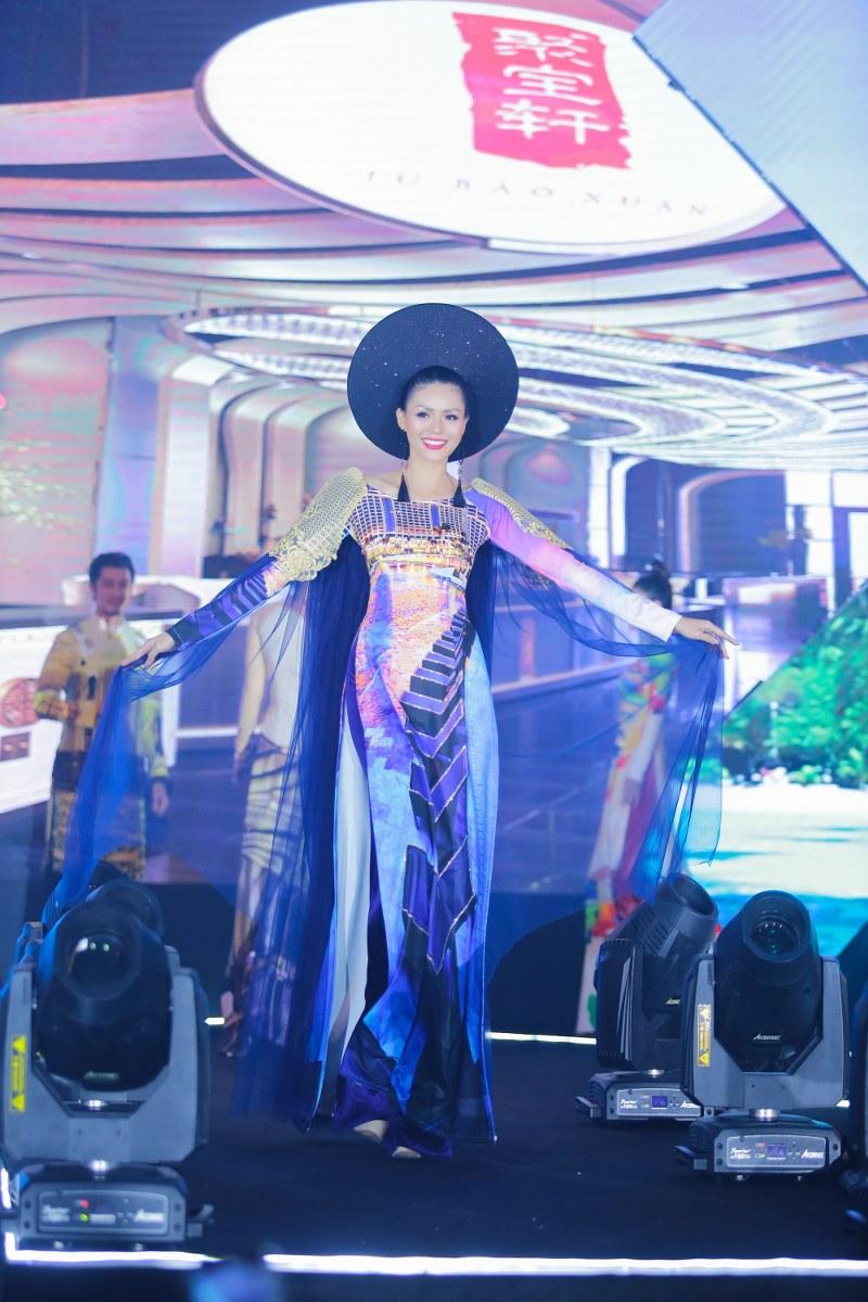 Hoa hậu Châu Á Kim Nguyên - Vedette của đêm diễn