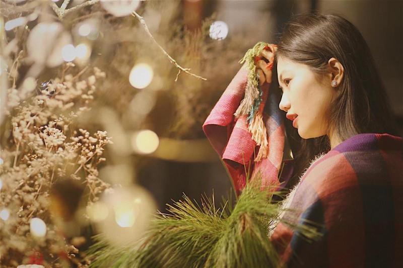 Vũ Hương Giang cho biết, cô đang tập trung cho việc ôn thi học kỳ tại trường Đại học Kinh tế Quốc dân. Trong những ngày nghỉ Tết Dương lịch sắp tới, cô sẽ sắp xếp thời gian về Hải Phòng, đón năm mới cùng gia đình. Tiếp đó, cô sẽ tiếp tục tham gia nhiều hoạt động xã hội trong vai trò Hoa khôi Miss Photo 2017.