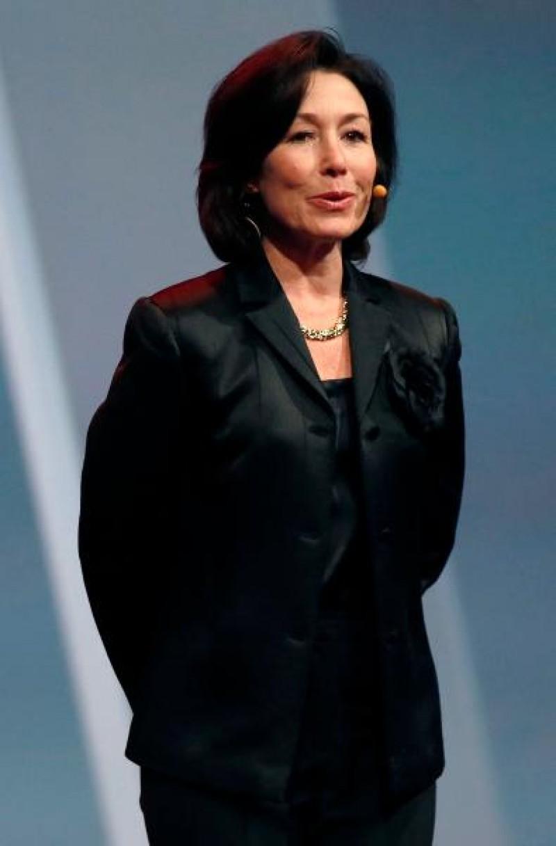 1.Safra Catz A, Tập đoàn phát triển phần mềm Oracle Mức lương: 53,2 triệu USD