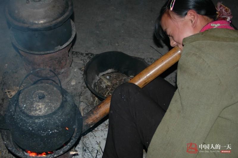 Việc nấu cơm cũng không có gì khó khăn đối với Xiang.