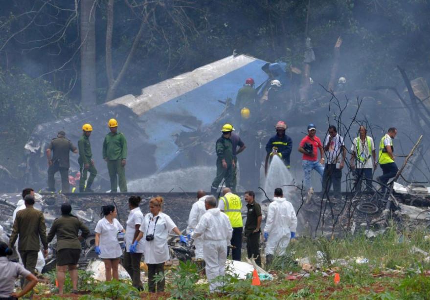 Trong số 105 hành khách của chuyến bay, có 5 trẻ nhỏ, trong đó 1 em dưới 2 tuổi. Cubana de Aviación cũng cho biết đa số hành khách là công dân Cuba, chỉ có khoảng 5 hành khách nước ngoài cùng phi hành đoàn.