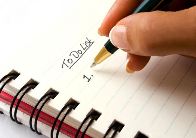 Bí mật 3: Họ không sử dụng danh sách công việc phải làm bởi lẽ gần một nửa trong số danh sách đó thường không được thực hiện. Thậm chí, nghiêm trọng hơn, nếu như không biết sắp xếp, bạn sẽ lâm vào tình trạng căng thẳng và mệt mỏi thường xuyên.