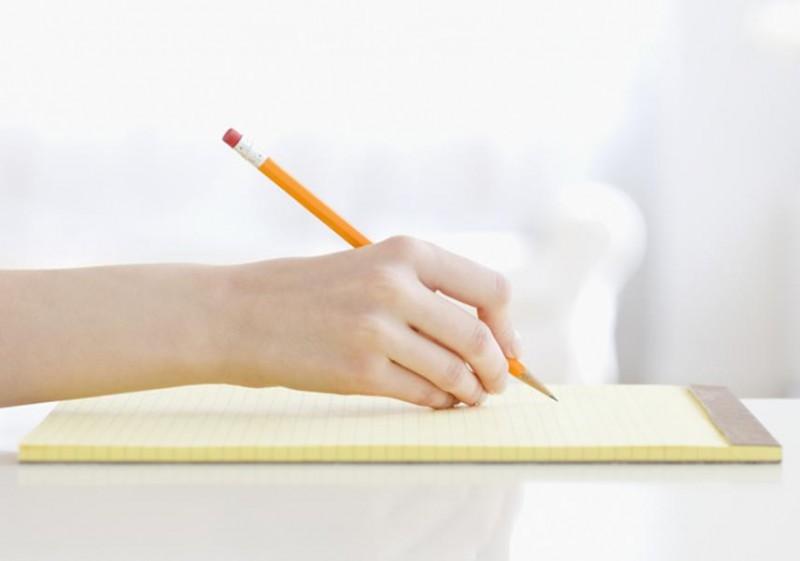 Bí mật 6: Họ luôn mang trong mình một cuốn sổ tay để ghi chép bất kỳ điều gì cần ghi nhớ và lưu ý. Việc này có ỹ nghĩa rất lớn trong việc giảm tải cho đầu óc của họ.