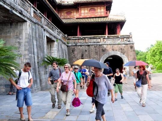 Nhiều ưu đãi giá vé trong Tuần lễ Vàng du lịch tại Di sản Huế