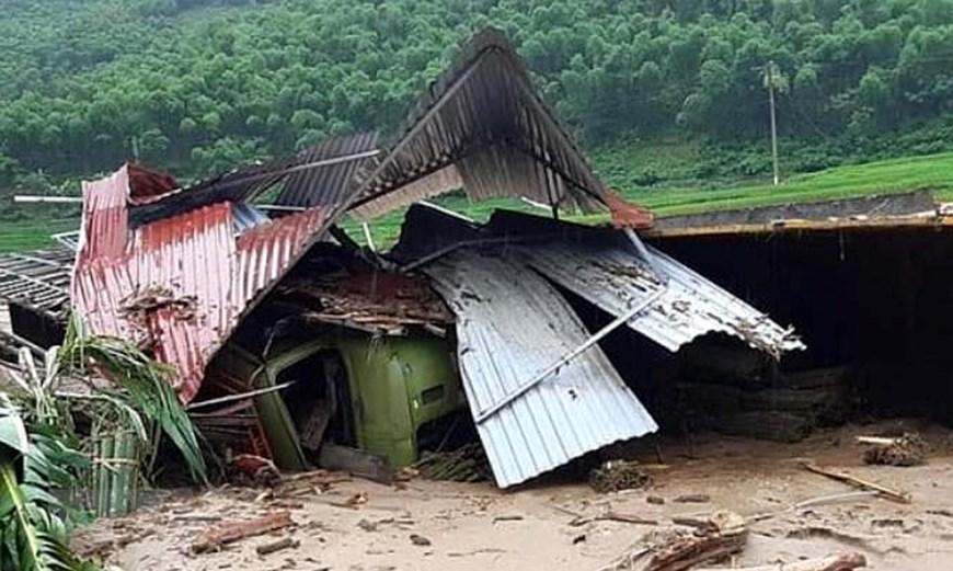 Mưa lũ khiến nhiều nhà dân tại xã Na Mèo, huyện Quan Sơn, tỉnh Thanh Hóa bị đổ sập, hư hỏng.