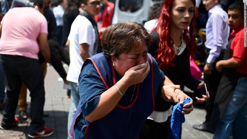 Hiện sân bay quốc tế của thủ đô đã phải tạm thời đóng cửa để kiểm tra an toàn trong khi tình trạng mất điện đã xảy ra trên diện rộng. Tổng thống Mexico Enrique Pena Nieto đã phải hủy chuyến công du đến Oaxaca , khu vực bị tàn phá bởi trận động đất xảy ra ngày 7/9 vừa qua và quay trở về Mexico City để chỉ huy công tác ứng phó thảm họa.