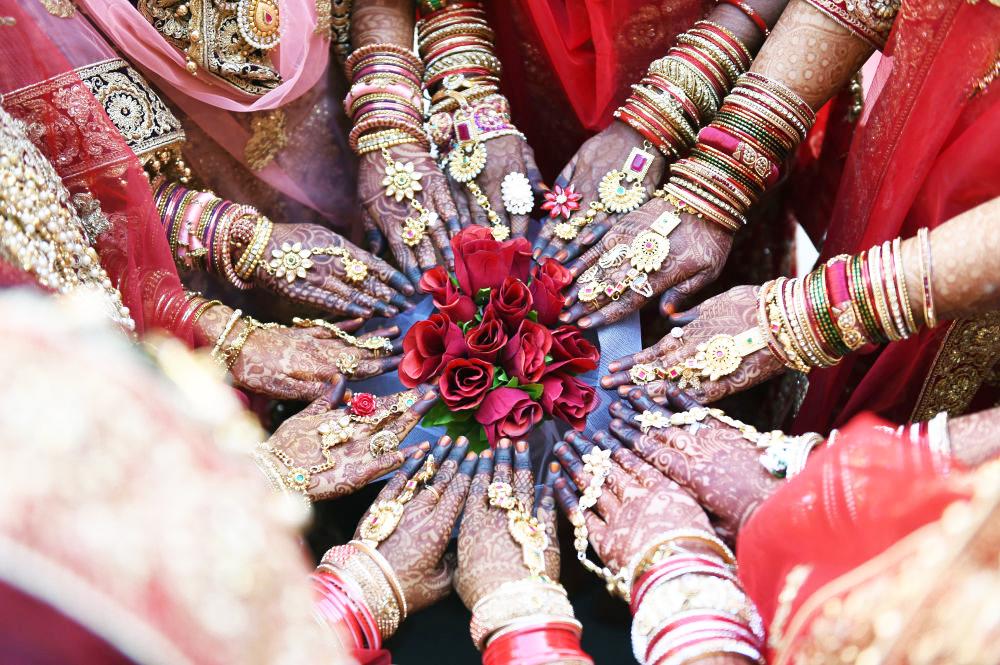 Bàn tay của các cô dâu Hồi giáo.