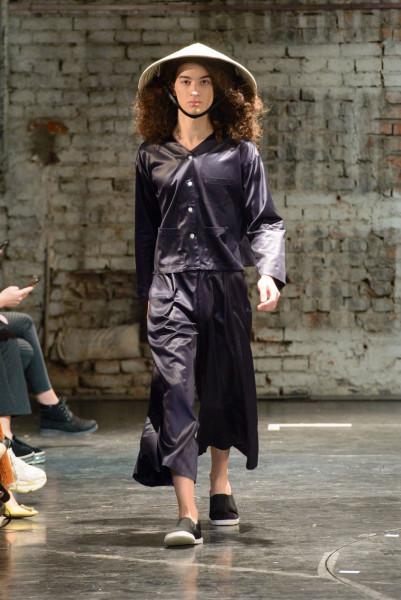 Theo tạp chí thời trang nổi tiếng Vogue, BST TL - 180 đến từ bộ đôi nhà thiết kế Antonine Peduzzi và Luisa Orsini gồm 28 bộ đồ với kiểu dáng chủ đạo là suông, rộng, kết hợp từ sự sang trọng của thời trang Pháp, Italia với nét cá tính Georgia.