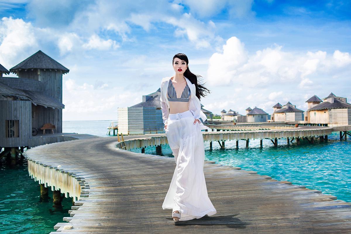 Jessica Minh Anh chia sẻ việc cô chọn Soneva trong các đảo 5 sao tại Maldives vì Soneva là tập đoàn tiên phong về bảo vệ môi trường với các chính sách cô rất ngưỡng mộ như làm từ thiện tại các vùng quê nghèo, sản xuất các sản phẩm nghệ thuật từ thủy tinh phế thải, khuyến khích phụ nữ phát triển sự nghiệp, giảm lượng khí thải CO2, và sử dụng các sản phẩm organic.