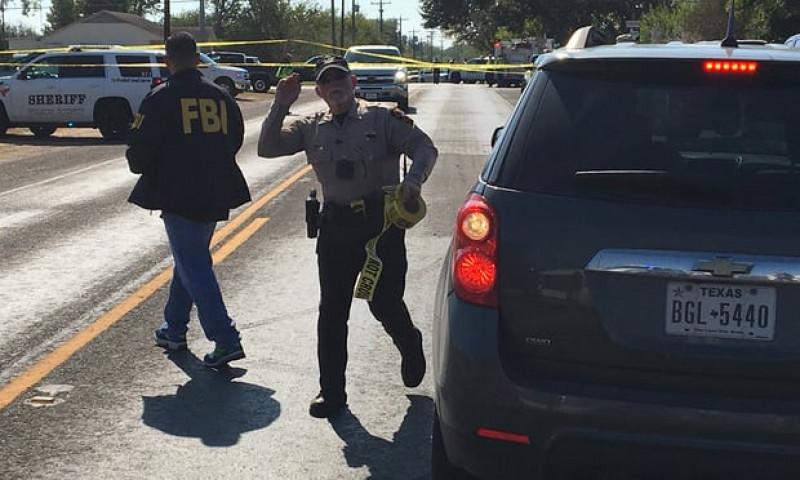 Cảnh sát lập tức phong tỏa hiện trường.