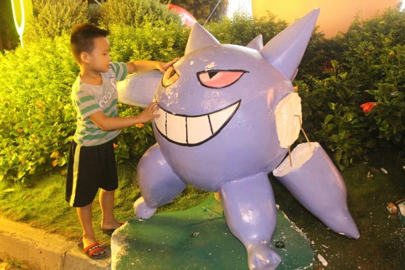 Do một số em nhỏ khá tinh nghịch nên nhiều con pokemon đã hư hỏng, biến dạng