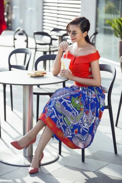 Có thể nói, con đường đưa các nhà thiết kế cũng như người mẫu thời trang Việt Nam ra với thế giới đã và đang ngày một gần hơn với nhiều cơ hội hơn thử sức.