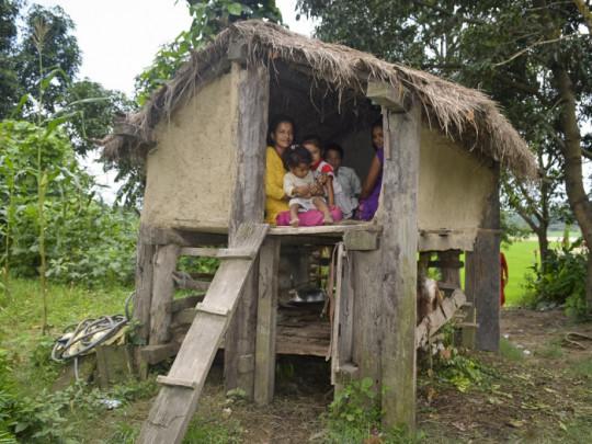 Nepal trừng phạt hành động hủ tục để bảo vệ phụ nữ và trẻ em gái