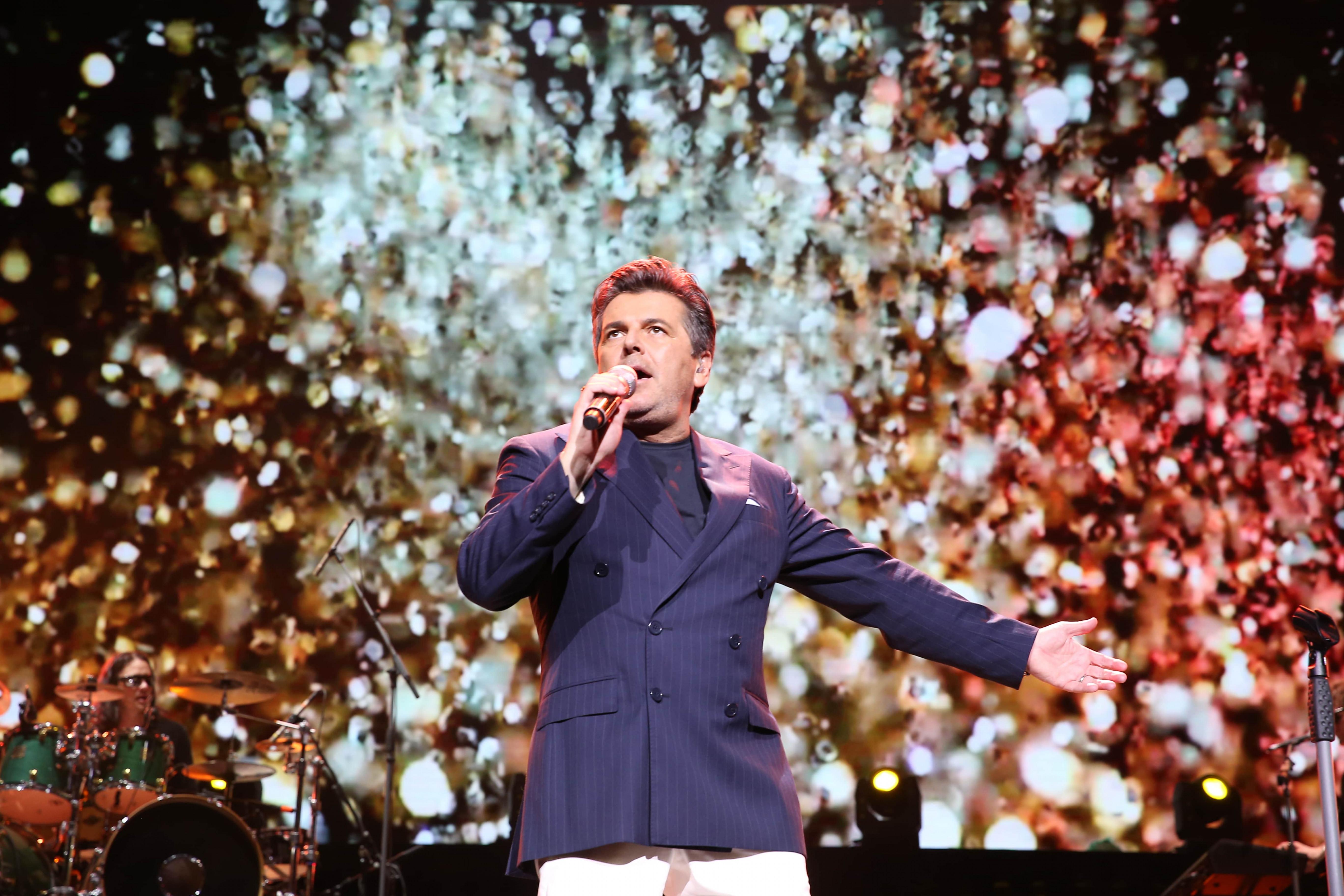 Dù ban nhạc Modern Talking đã tan rã từ năm 2003 và thiếu vắng thành viên Dieter Bohlen, màn trình diễn của Thomas Anders vẫn đủ khiến nhiều người được trở về với không gian âm nhạc thân thuộc của thập niên 1980.