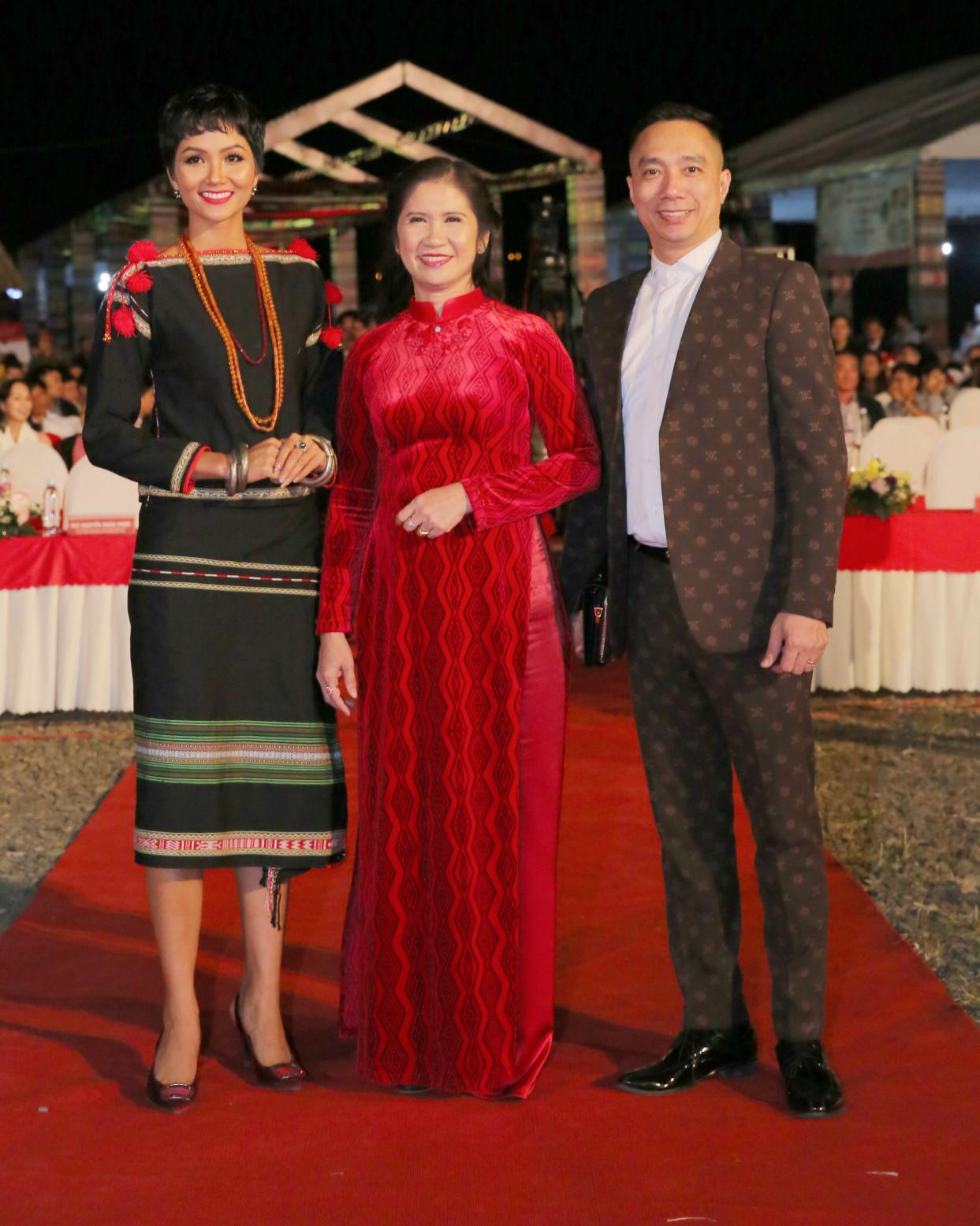 NTK Đỗ Trịnh Hoài Nam mang đến Lễ hội bộ sưu tập