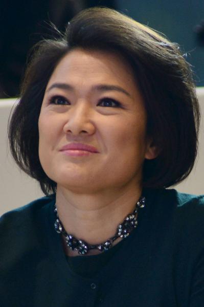 Giữ vị trí thứ 11 trong danh sách này chính là bà Zhang Xin, người đồng sáng lập và là CEO của SOHO China – nhà phát triển bất động sản thương mại lớn nhất Bắc Kinh và Thượng Hải. Bà sở hữu khối tài sản lên đến 2,6 tỷ USD.