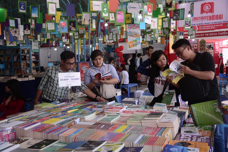 Hội sách TPHCM còn có các khu vực chuyên đề như khu triển lãm sách và hình ảnh; khu tổ chức sự kiện văn hóa đọc…